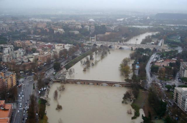 Roma Tevere-2008 - Protezione civile